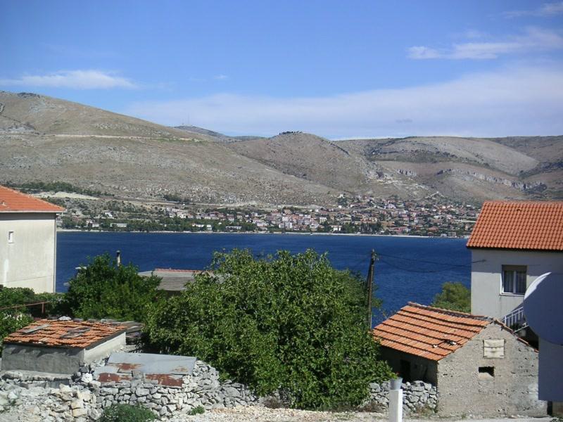 Blick von der Terrasse <> View from terrace